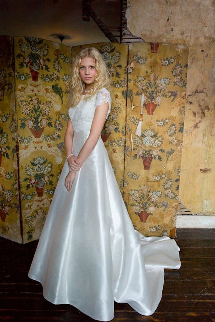 Susan-Craig-Bridal-Wear-Mia-Mia-Alana-Image-1