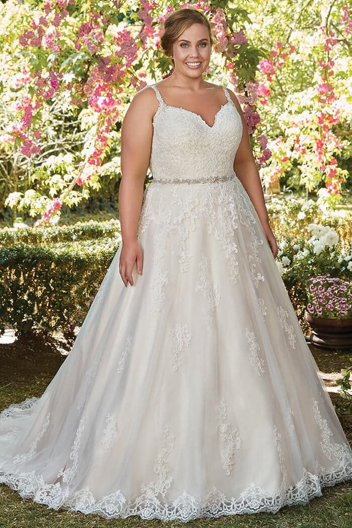 Susan-Craig-Bridal-Wear-Rebecca-Ingram-Allison-Image-4